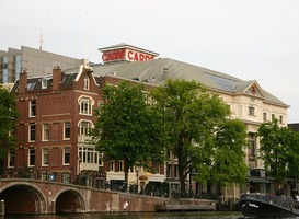 Normal_theater_carr___the_bridge_hotel__amstel__amsterdam__brug__water__stad
