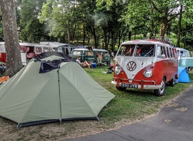 Normal_kamperen__volkswagen__tent__camping