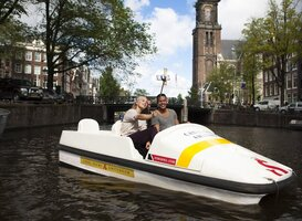 Normal_waterfietsen_in_amsterdam__stromma___eden_hotels_